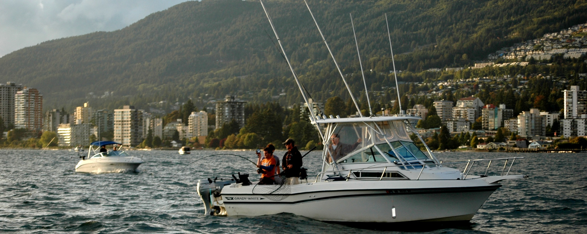 Salmon fishing charters in vancouver british columbia for Salmon fishing vancouver