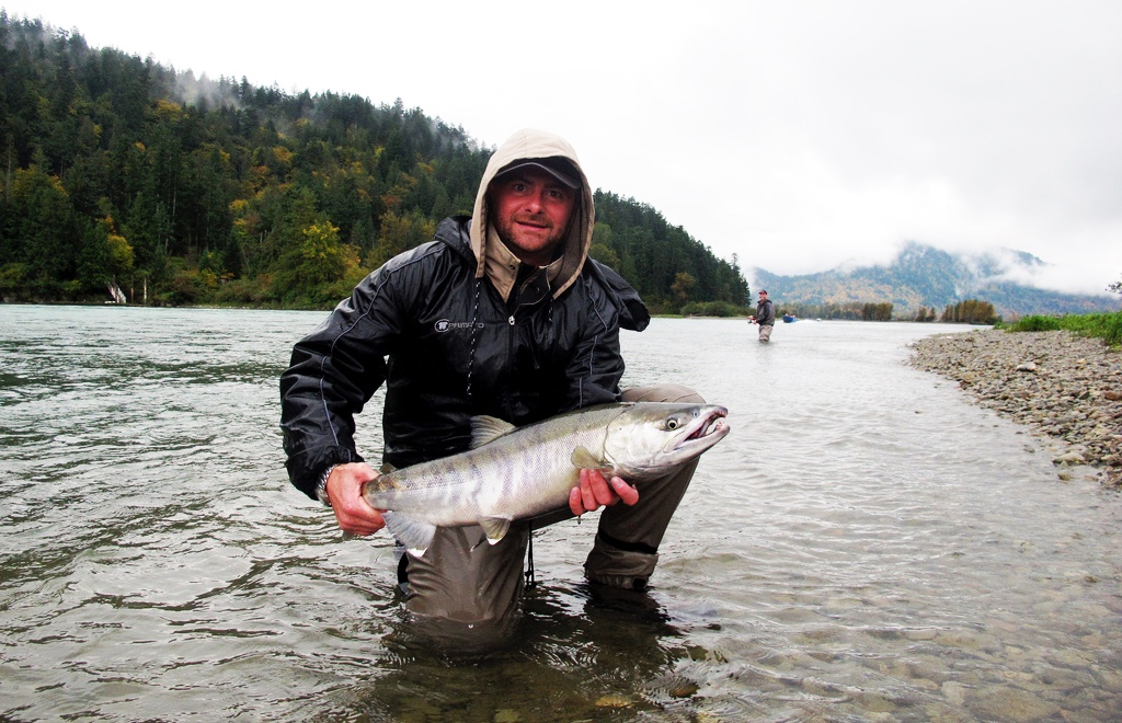 Fall salmon fishing near vancouver british columbia for Columbia river salmon fishing